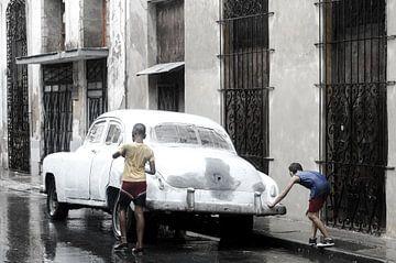 Oldtimer - Havana - in the rain von Annemarie Winkelhagen