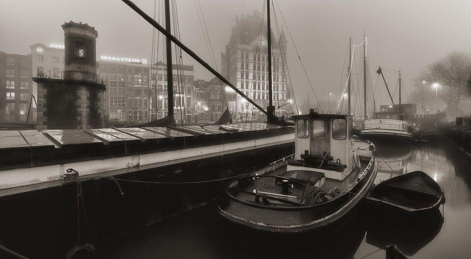 Rotterdam Oude Haven in de mist