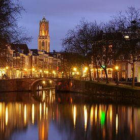 Zicht op Zandbrug en Oudegracht in Utrecht vanaf de Bemuurde Weerd sur Donker Utrecht