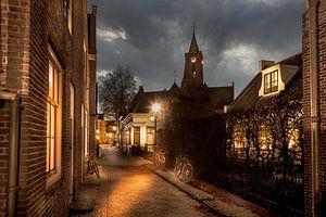 Romantisch straatje in oud Hollands dorpje met fietsen, Loenen aan de Vecht