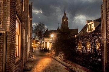 Romantisch straatje in oud Hollands dorpje met fietsen, Loenen aan de Vecht van Jan van Dasler