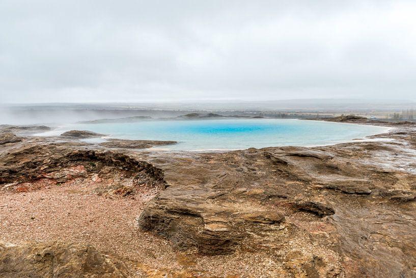 """""""Geysir"""" de geiser van IJsland van Marco Schep"""