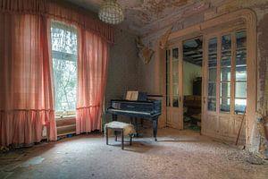 De verlaten muziekkamer
