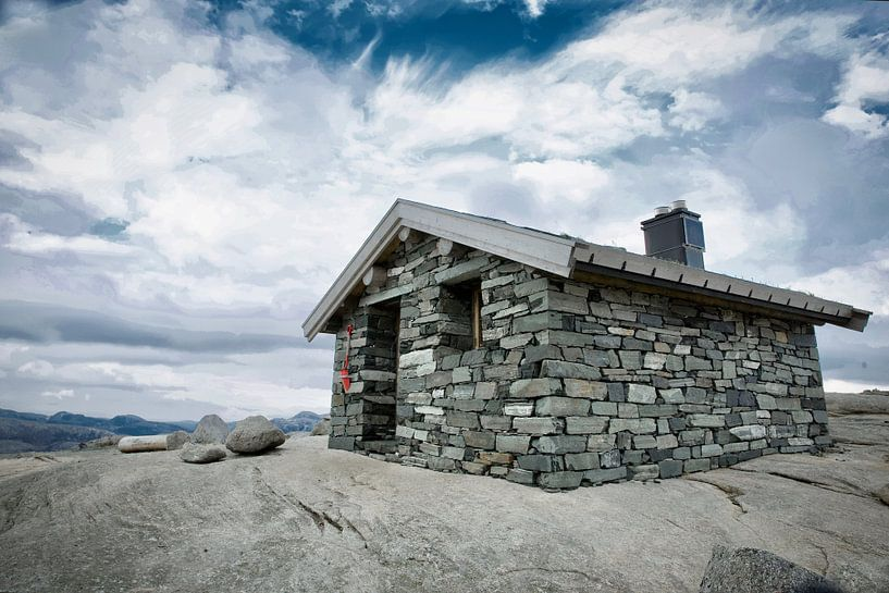Emergency Shelter in the mountains van Sran Vld Fotografie