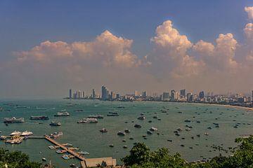 Gezicht op Pattaya van Andreas Marquardt