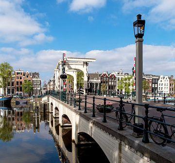 Magere brug in Amsterdam van Peter Bartelings Photography