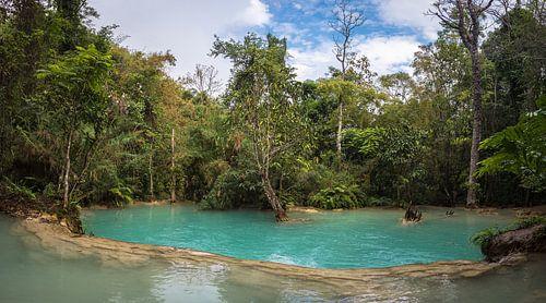 Waterplateau bij de Kuang Si waterval, Laos
