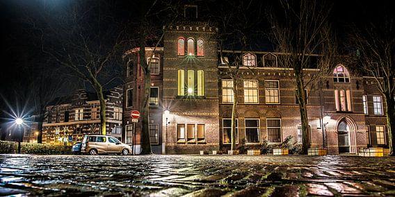 Nachtfoto Leeuwarden nabij Grote Kerk van Harrie Muis