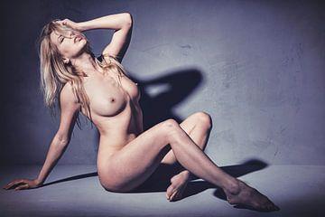 Sehr schöne sexy nackte Frau. #A8005 von william langeveld