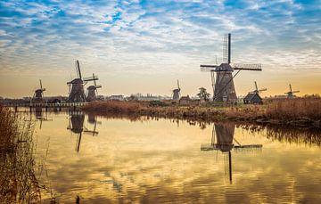 windmolens in kinderdijk van Compuinfoto .