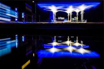 Station d'essence sans pilote moderne de NXT sur Fotografiecor .nl