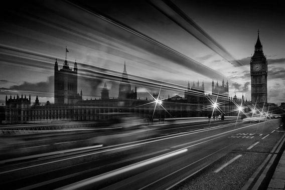 LONDON Westminster Bridge Traffic van Melanie Viola