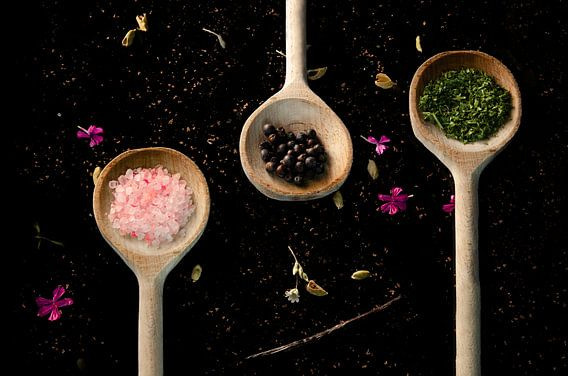 Kruiden in lepel / culinaire foto / kleurrijk