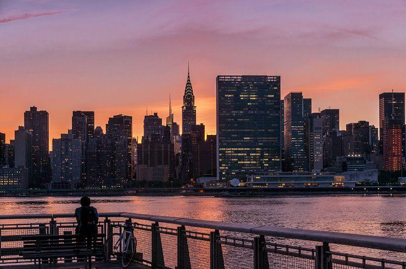 Midtown Manhattan im Abendlicht      New York van Kurt Krause