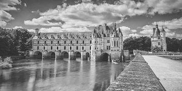 Chateau de Chenonceau over de rivier de Cher in de Loire Vallei van Fotografiecor .nl