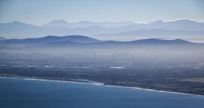 Vroege ochtend boven Kaapstad, Zuid-Afrika van Jesper Boot