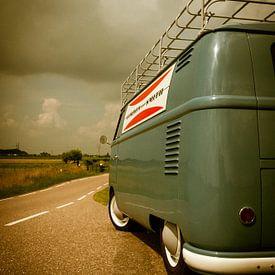 Klassieke T1 bestelbus van Volkswagen (1959) van Wim Slootweg