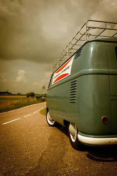 Klassieke T1 bestelbus van Volkswagen (1959) von Wim Slootweg