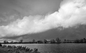 Große Wolken in Die Niederlanden von Wouter Bos