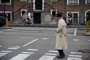 Gentleman in Amsterdam van Ralph Mbekie