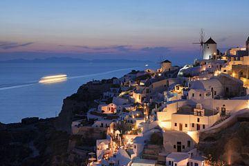 Oia na zonsondergang, Santorini, Cycladen, Griekenland van Markus Lange