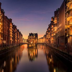 Waterburcht Hamburg van Iman Azizi
