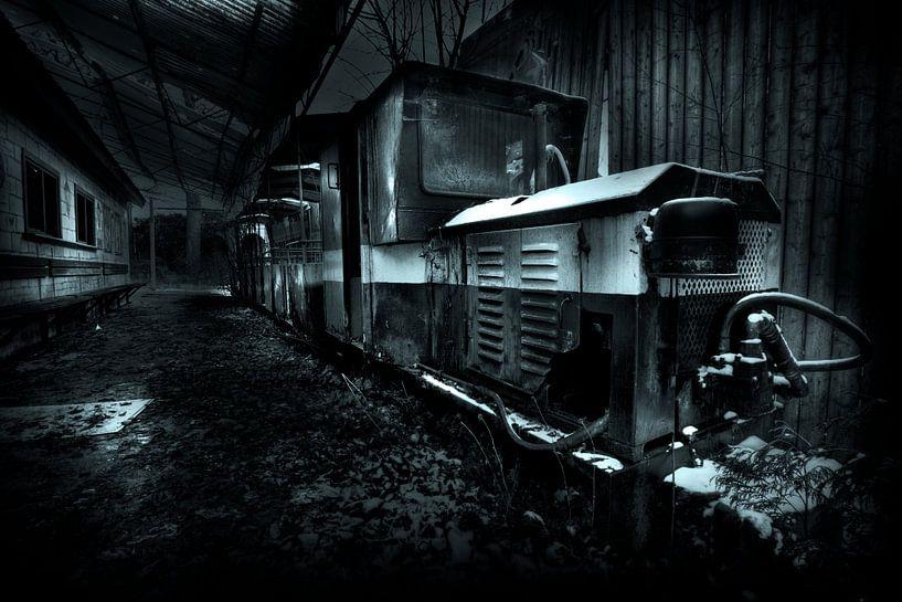 Old train van Jip van Bodegom