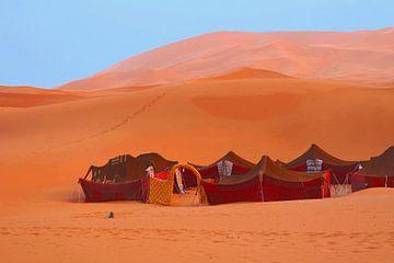 Nomadententen Sahara van Inge Hogenbijl