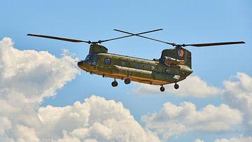 Chinook helikopter van de Koninklijke Luchtmacht van Jenco van Zalk