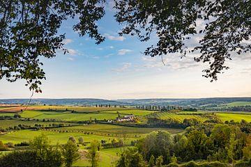 Uitzicht over Eys in Zuid-Limburg van Evelien Oerlemans