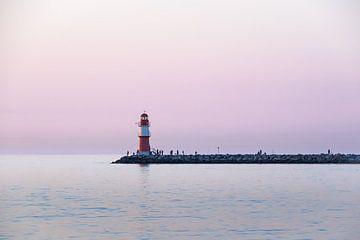 Leuchtturm in Warnemünde von Katrin May