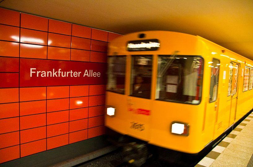 U-Bahn Berlijn van Ton de Koning