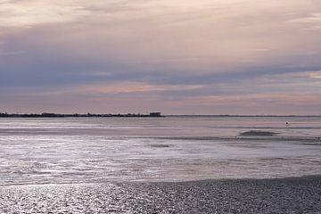 Het IJsselmeer in de winter 2 van Ynze Braaksma