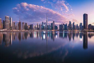 Dubai Business Bay Panorama zum Sonnenaufgang von Jean Claude Castor
