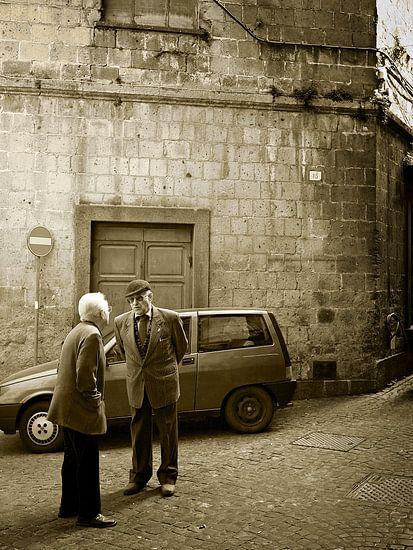 Typische italienische Straßenszene im Sepia
