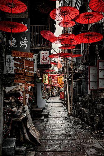 Red Umbrella District van Cho Tang