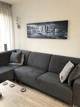 Klantfoto: Skyline Rotterdam Erasmusbrug - Metallic Grey van Vincent Fennis, op canvas
