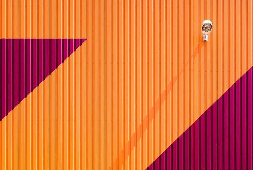 Oranje en rode gevel van Greetje van Son