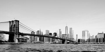 NY Brooklyn Bridge Manhattan Black and White