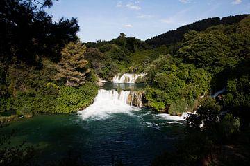 Die Schönheit eines Wasserfalls von Daan Ruijter