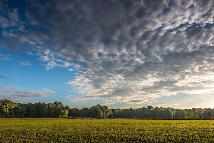 Woelige Wolken  van Boris de Weijer
