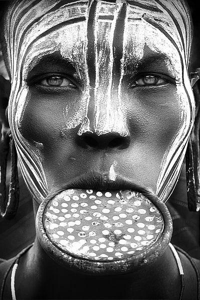 Tribal Schönheit - Äthiopien, Mursi Leute, Sergio Pandolfini von 1x