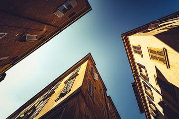 Modena naar boven kijkend 01 van FotoDennis.com
