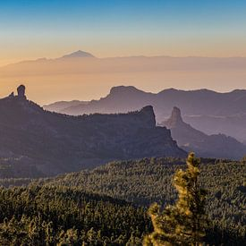 Zonsondergang vanop Pico de las Nieves van Koen Henderickx