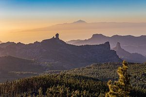 Zonsondergang vanop Pico de las Nieves van