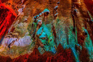 Abstrakte Figuren auf Grottenwand. von kall3bu