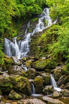 Torc Waterfall nabij Killarney in Ierland van Henk Meijer Photography