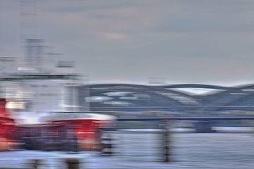 Ship and bridges van Marc Heiligenstein