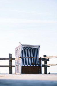 Strandstoel aan de Noordzeekust van Florian Kunde