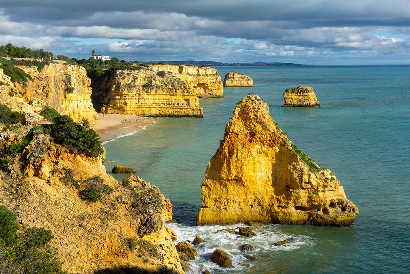 Praia da Marinha: het mooiste strand in de Algarve van Jacoba de Boer
